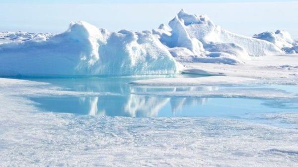 Duh! Peneliti Temukan Sampah Plastik di Kutub Utara