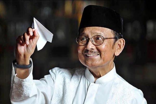 Kominfo: BJ Habibie Adalah Bapak Teknologi Indonesia