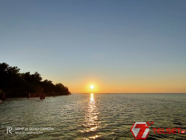 Dear Traveler, Ini Hasil Foto Realme 5 Pro Memotret Pantai Walakiri