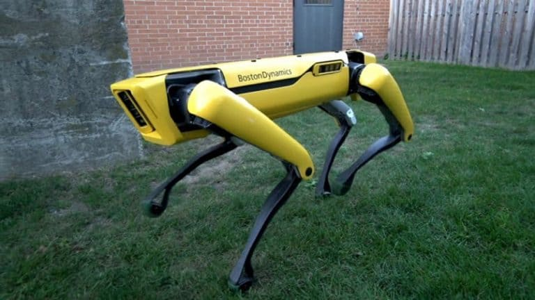 Robot Anjing SpotMini Sudah Dijual, Berminat?
