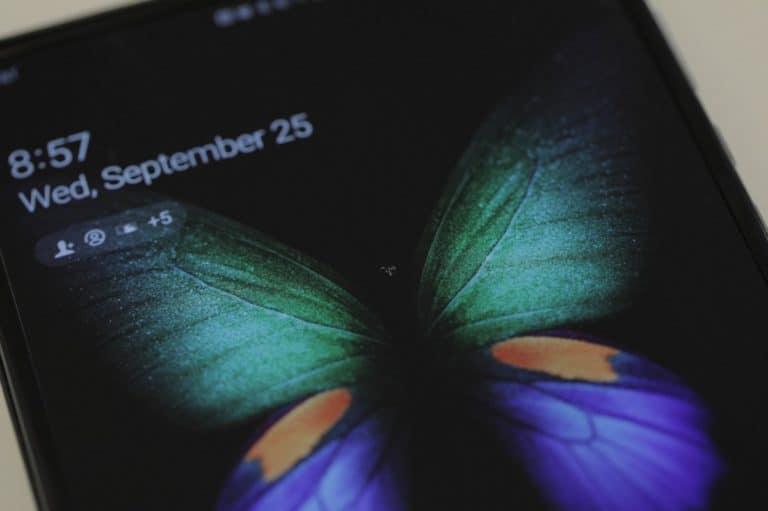 Baru Sehari Dipakai, Layar Samsung Galaxy Fold Rusak