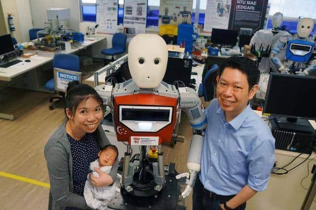 Hebat! Suami-Istri Asal Singapura Ini Ciptakan Robot Pintar