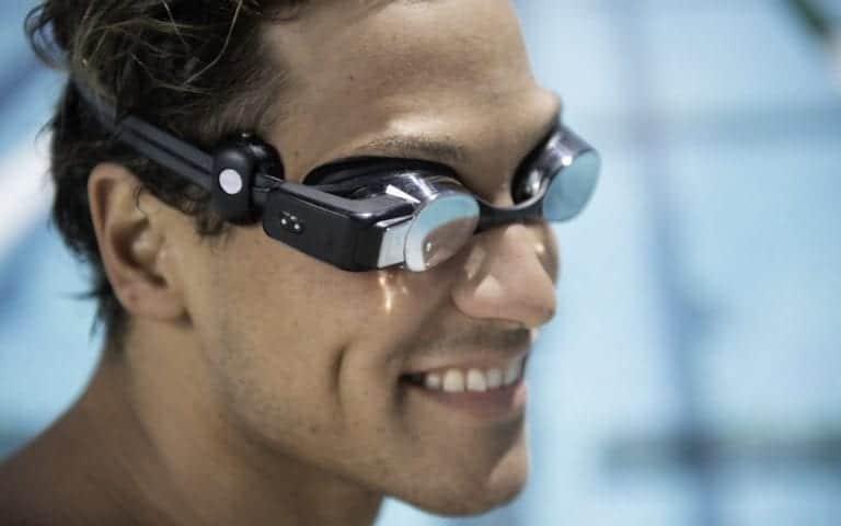 Canggih! Kacamata Renang Ini Bisa Hitung Detak Jantung