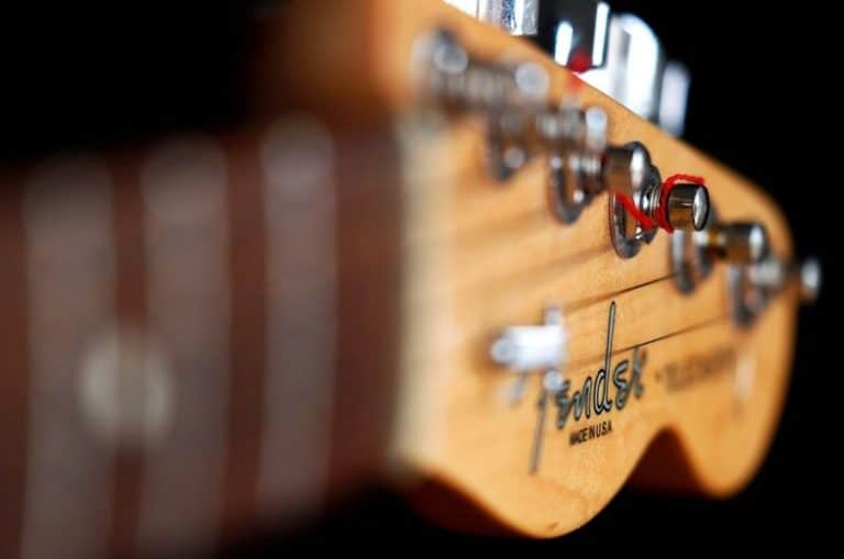 Fender Bikin Aplikasi yang Terkoneksi Apple Music