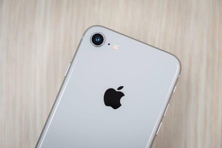 Dear Donald Trump, iPhone SE 2 Lebih Cocok Untukmu