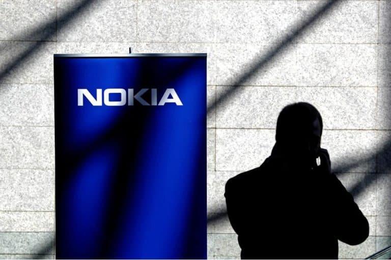 Presiden Donald Trump Puji Nokia, Ada Apa?