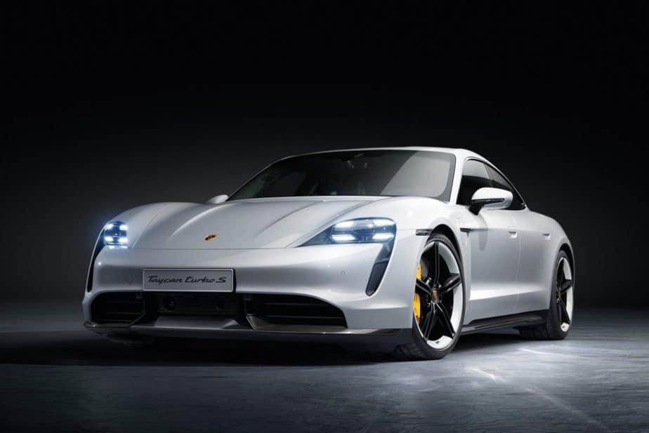 Beli Mobil Porsche online