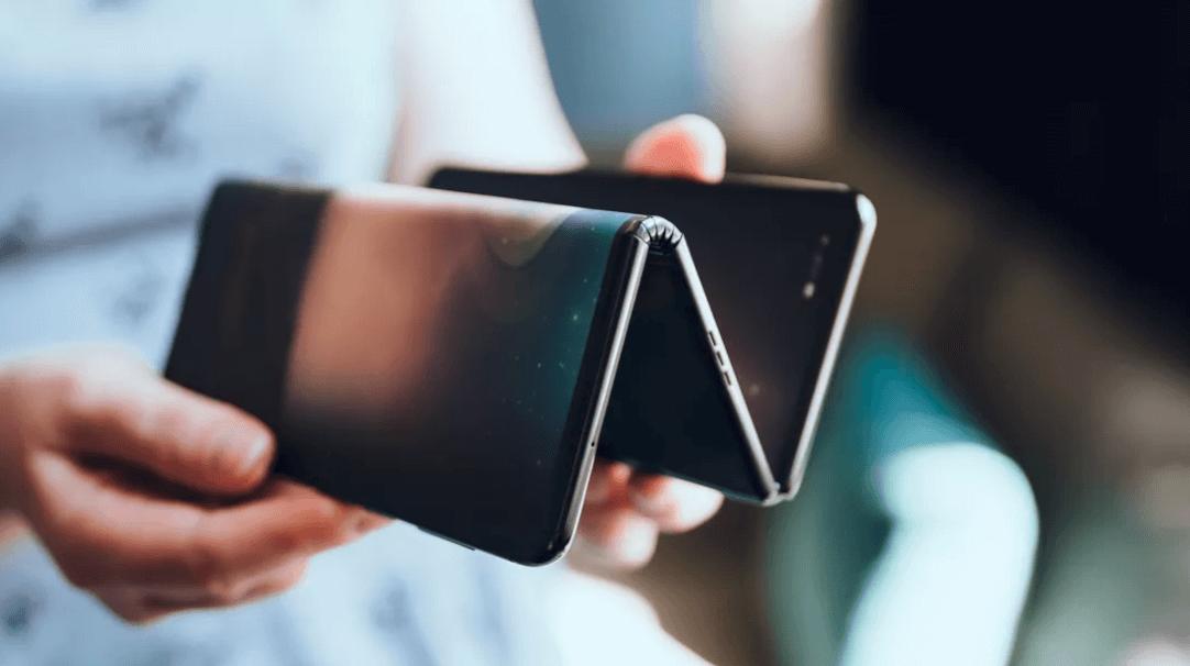 Smartphone Lipat ZigZag