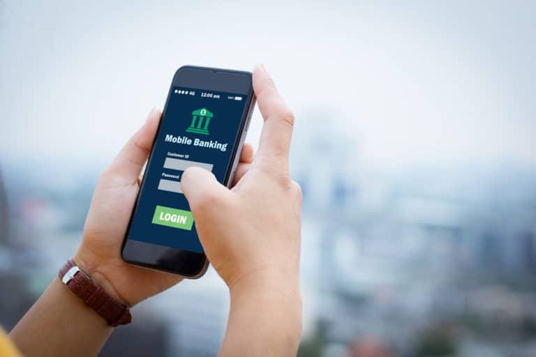 Pengguna Samsung Galaxy S10 Dilarang Akses Aplikasi Perbankan, Kenapa?