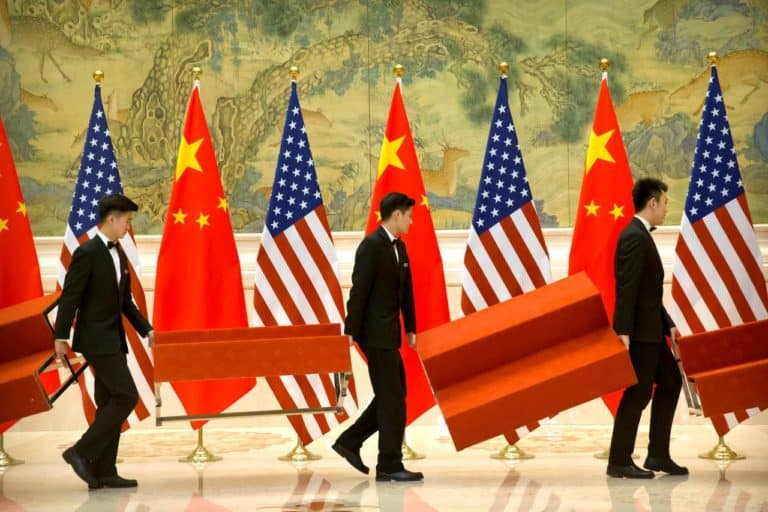 Kemenlu Berharap China Damai dengan Amerika soal Perang Dagang