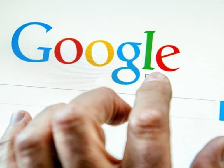 """Google Search jadi Guru Les untuk Ajari """"Bahasa Gaul"""""""