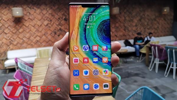 Jelang Peluncuran, Ribuan Orang Antre Beli Huawei Mate 30 Pro
