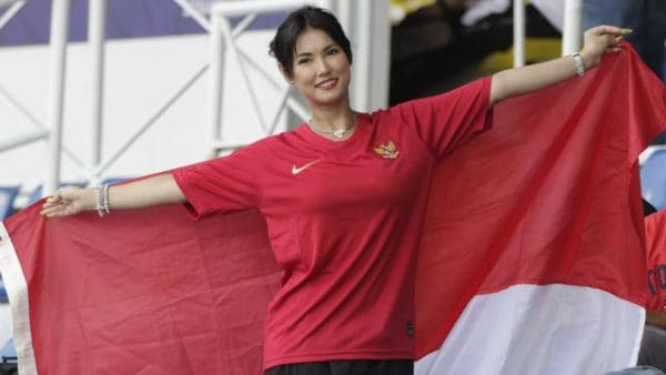 Maria Ozawa Miyabi Timnas Indonesia