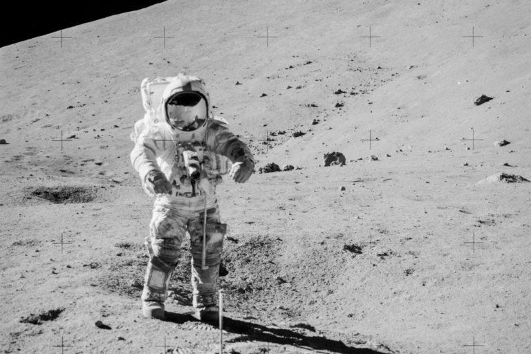40 Tahun Disegel, Sampel Batuan Bulan Akhirnya Dibuka NASA