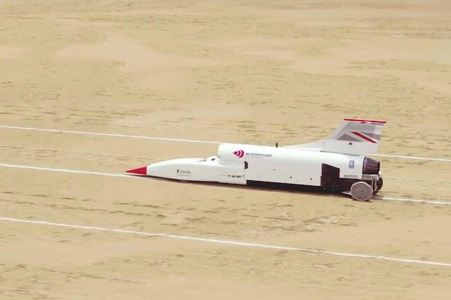 mobil supersonik Bloodhound LSR