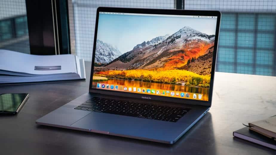MacBook Pro 16 Inci