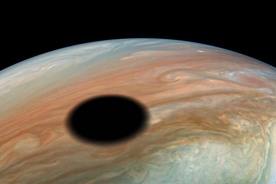 Astronom Warm Jupiter