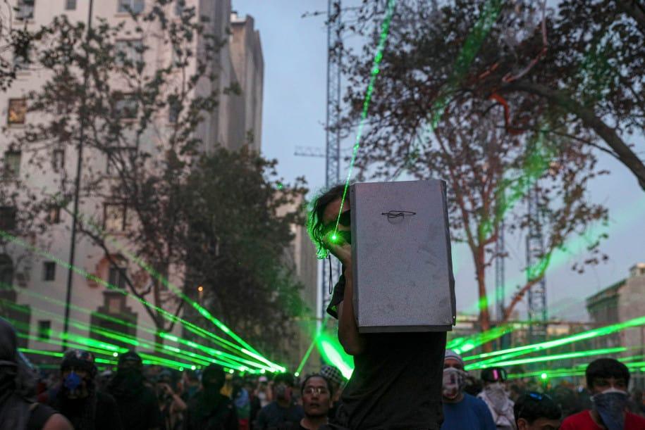 drone polisi Demonstran di Chili