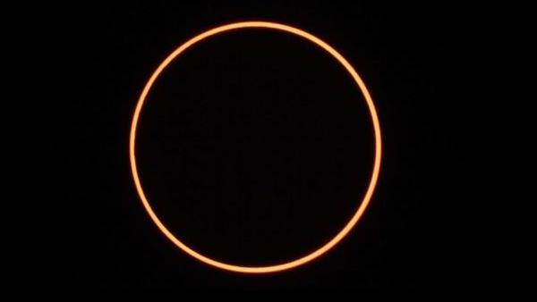 Indahnya Penampakan Gerhana Matahari Cincin di Singkawang