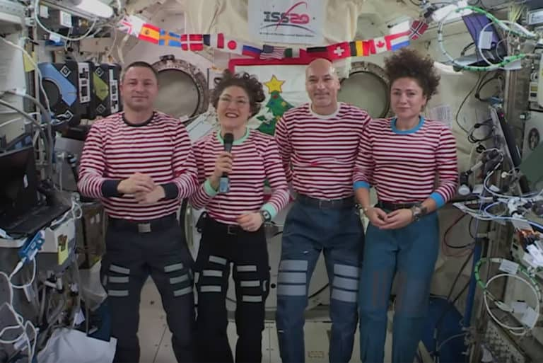 Cara Unik Para Astronot Rayakan Natal di Luar Angkasa