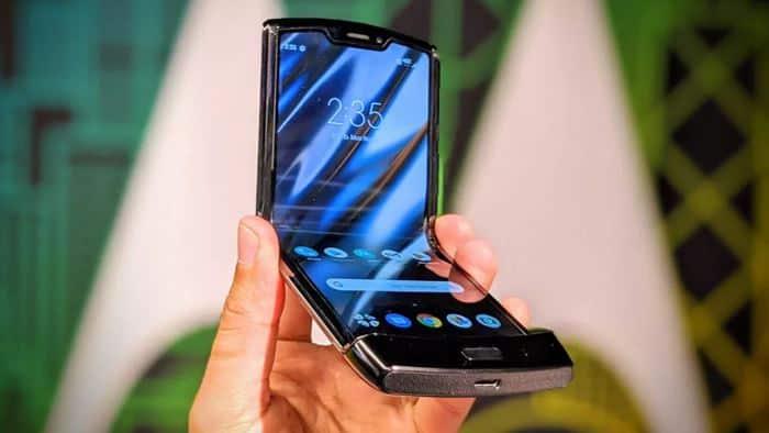 Hiks… Pre-order Motorola Razr 2019 Ditunda Gara-gara Hal Ini