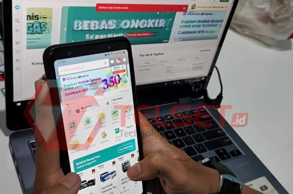 Jokowi Wajibkan Pedagang Online Punya Izin Usaha