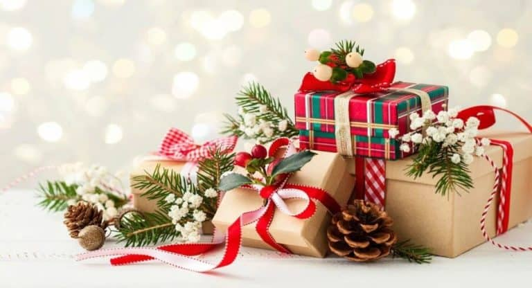 6 Gadget yang Cocok Banget Dijadikan Kado Natal