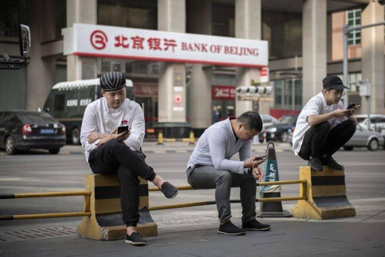 Warga China Wajib Pindai Wajah Saat Beli Paket Data