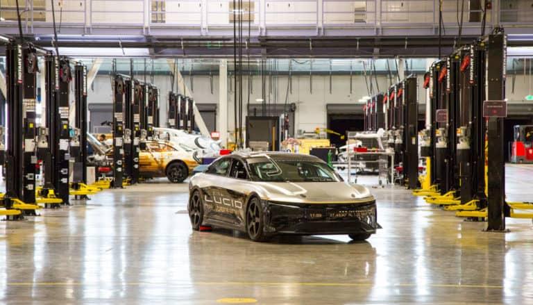 """Sedan Mewah Lucid Air """"Ancam"""" Popularitas Tesla?"""