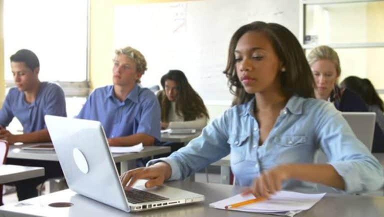 5 Laptop Terbaik Rp 3 Jutaan – 4 Jutaan untuk Pelajar dan Mahasiswa