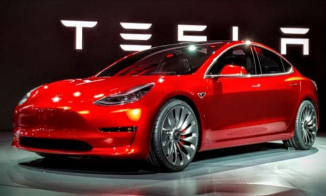 Nilai Saham Tesla Meroket Lampaui Rp 1.365 Triliun