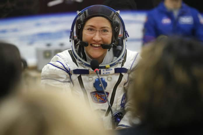 astronot terlama di ruang angkasa astronot perempuan
