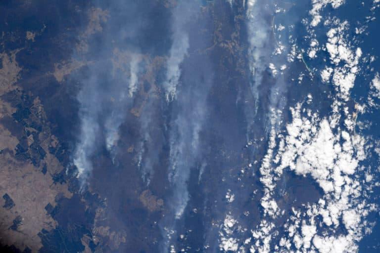 Astronot Potret Kebakaran Hutan dari Stasiun Luar Angkasa
