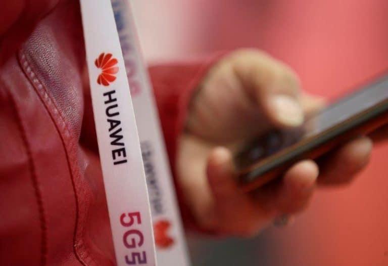 "Anak Buah Trump ""Hasut"" Inggris Embargo Huawei"