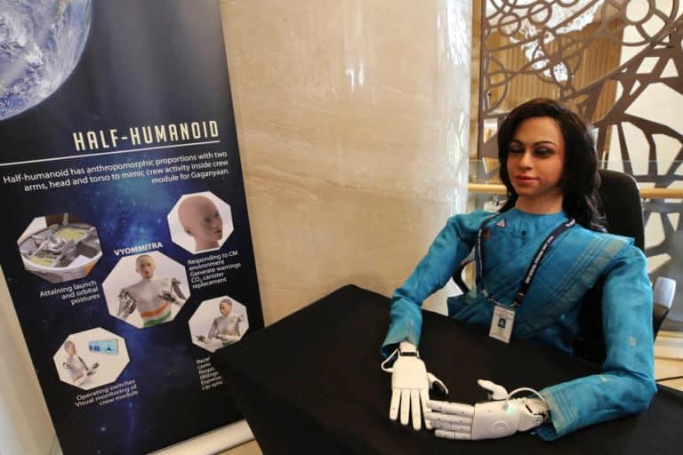 Hebat! Antariksa India Kirim Robot Humanoid ke Luar Angkasa