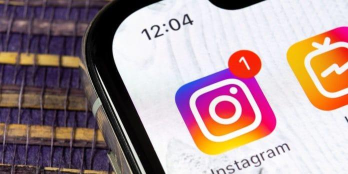 Instagram mata-matai pengguna