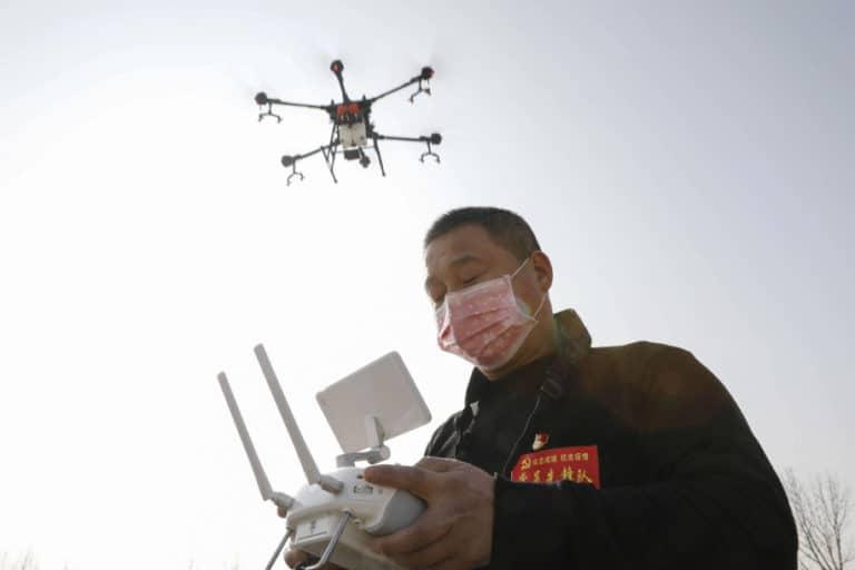 Waspada Corona, Desa-desa di China Awasi Warga Pakai Drone