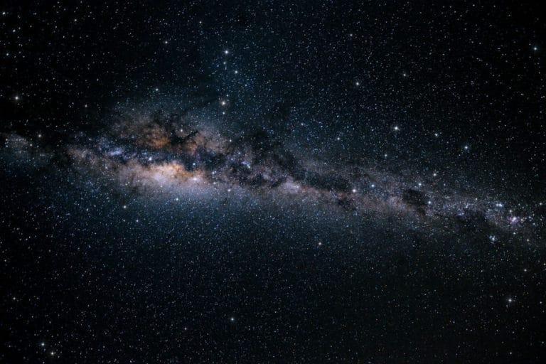 Objek Luar Angkasa Misterius Kirim Sinyal ke Bumi, Alien?