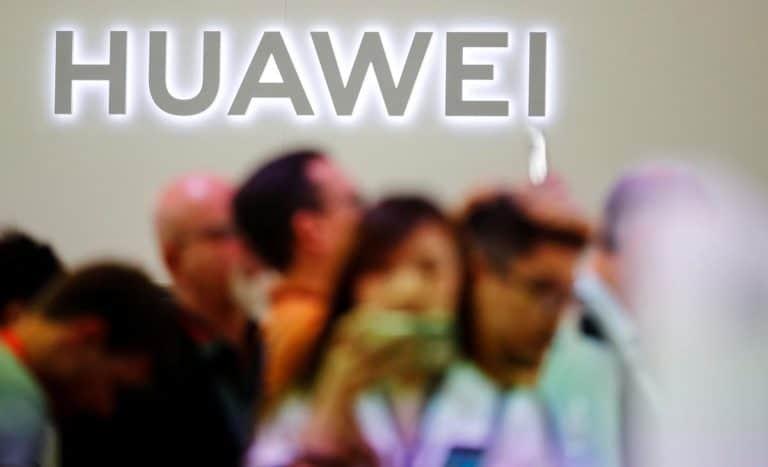 Babak Baru AS vs Huawei: Curi Rahasia Dagang dan Bantu Iran