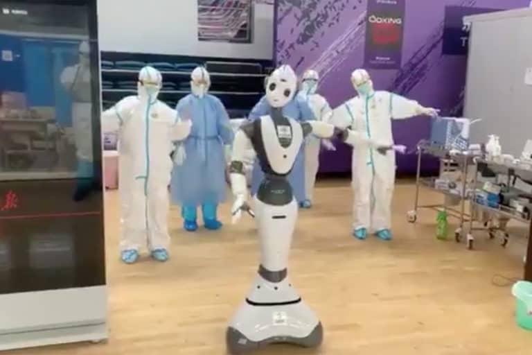 Cegah Penyebaran, RS Corona di China Dikelola Robot Perawat