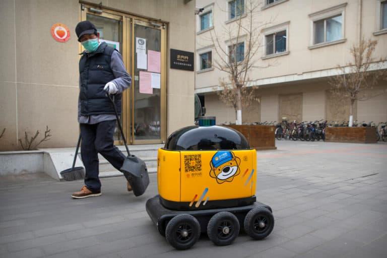 RoboPony Laku Keras Selama Wabah Corona di China