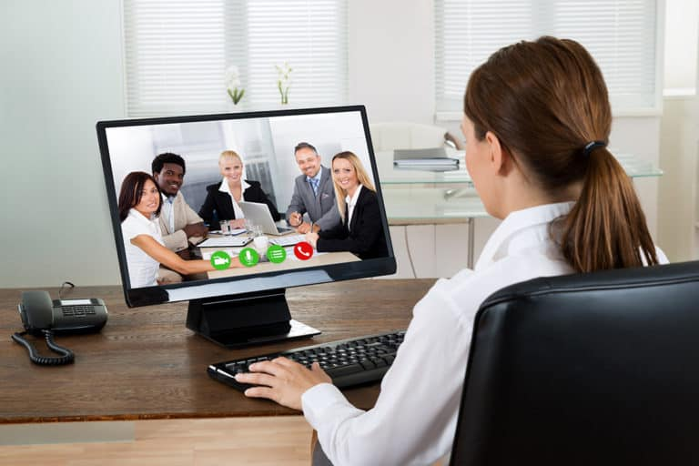 Irit-iritan Bandwidth 4 Aplikasi Video Conference Populer, Siapa Terbaik?
