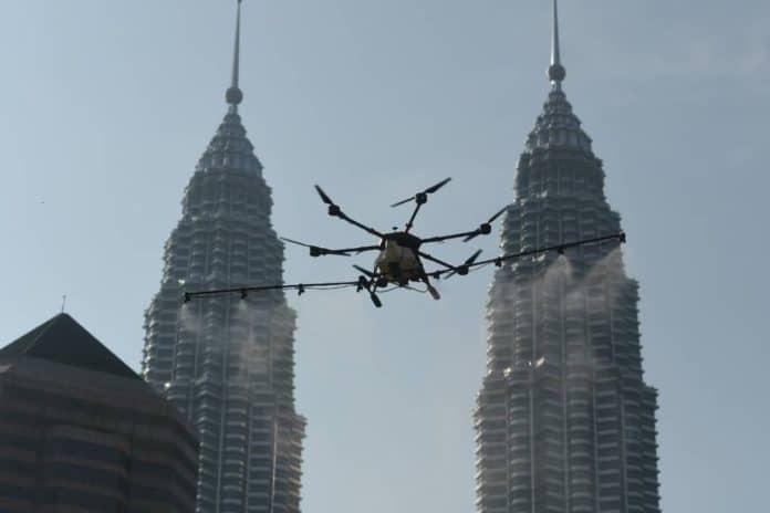 Drone untuk Bersihkan Kota