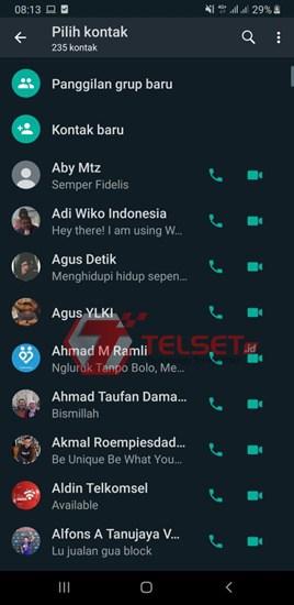 video call whatsapp 8 orang