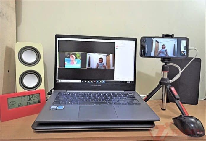Ubah Kamera ponsel jadi Webcam