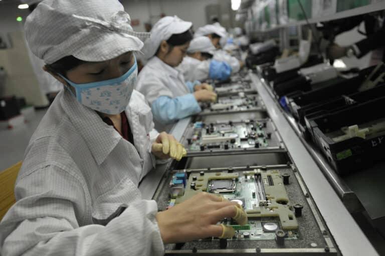 Raksasa Teknologi Terjebak Dalam Krisis AS-China-Corona