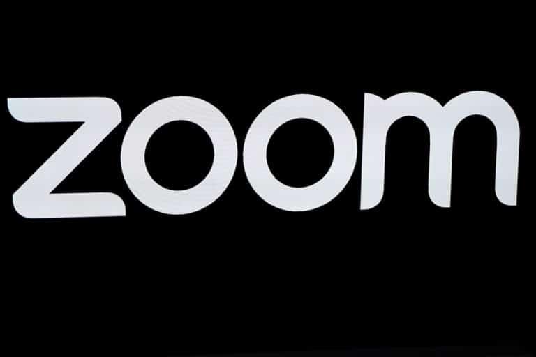"Zoom Update Fitur Baru untuk Cegah ""Zoom-bombing"""