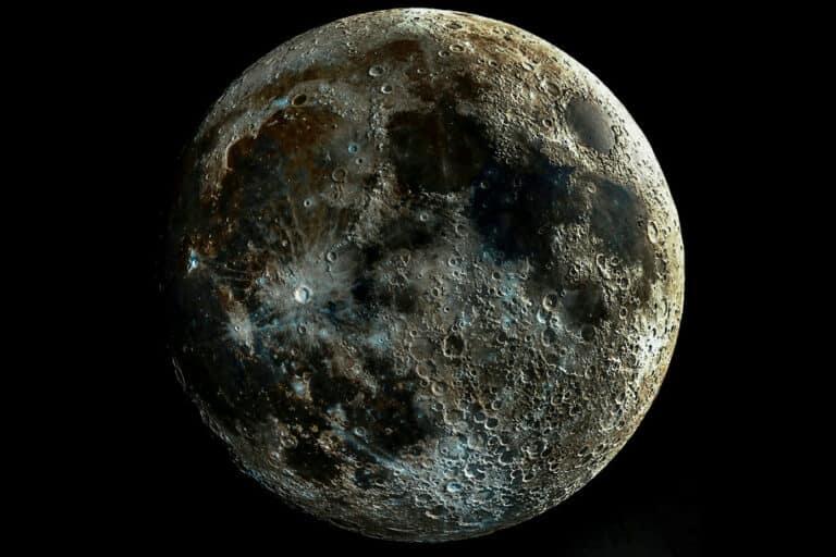 Riset Terbaru: Bulan Punya Tingkat Radiasi Berbahaya