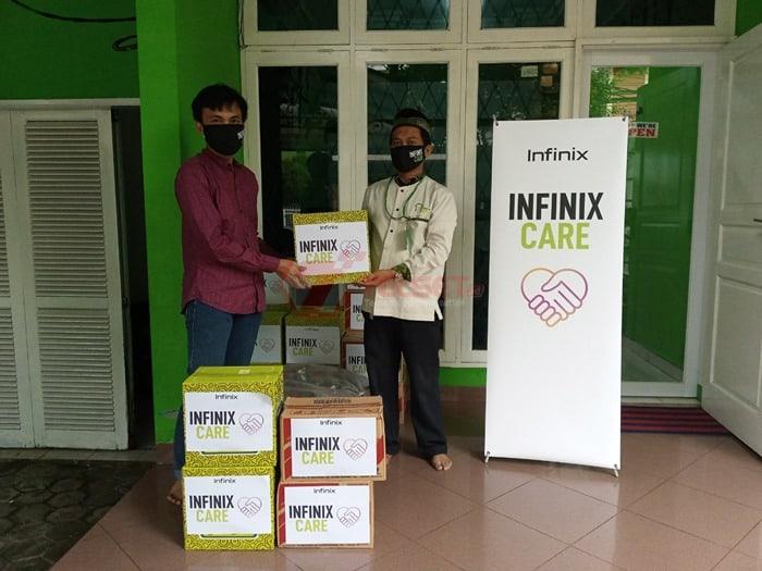 Infinix Berikan Bantuan Sembako untuk Anak Yatim