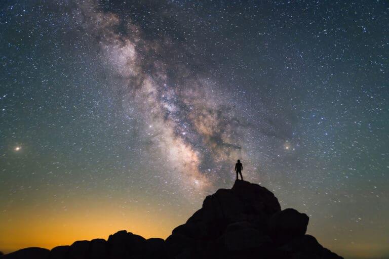 Studi Terbaru Ungkap Ada Kehidupan di Luar Bumi, Alien?